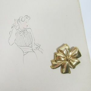 Miriam Haskell   Statement Ribbon Bow Brooch Pin